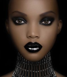 Maquillage sur peau noire, Luxury Make Up for Ethnic Skin Tones & Women of Color Orange Lips, Pink Lips, Orange Brown, My Black Is Beautiful, Beautiful Eyes, Simply Beautiful, Absolutely Stunning, Beautiful Women, Beautiful Person