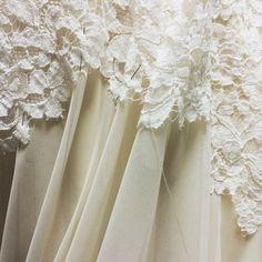 #wedding #bridal #dress #furuta #fashion #maisonfuruta #lace #ウエディング #ブライダル #ドレス Lace Wedding, Wedding Dresses, Bridal, Fashion, Bride Dresses, Moda, Bridal Gowns, Fashion Styles