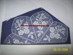 os croches da Nela: Toalha redonda de seis gomos