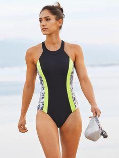 Allison Rebecca Stokke (American (athlete/pole (in Athleta (one-piece/bikini (standing/walking (front (beach/water Bikini Babes, Bikini Girls, Bikini Mom, Sexy Bikini, One Piece Swimwear, Bikini Swimwear, One Piece Swimsuit, Swimwear Fashion, Sporty Swimwear