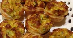 Recipe Yve's Mini quiches by Yvonne Stokes, learn to make this recipe easily in your kitchen machine and discover other Thermomix recipes in Baking - savoury. Mini Quiche Recipes, Mini Quiches, Australian Food, Egg Dish, Lunch Snacks, Lunch Box, Food N, Main Meals, Afternoon Tea