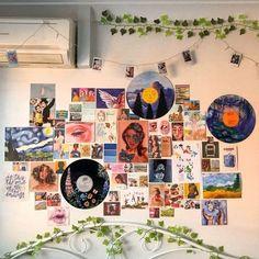 Cute Room Ideas, Cute Room Decor, Room Wall Decor, Retro Room, Vintage Room, Bedroom Vintage, Retro Vintage, Room Ideas Bedroom, Bedroom Wall
