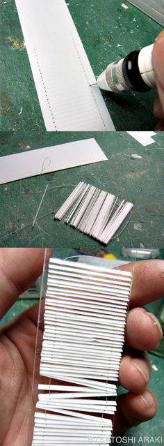 How to: Dolls house blind. tore up for haunted house! Dollhouse Tutorials, Diy Dollhouse, Dollhouse Miniatures, Girls Dollhouse, Haunted Dollhouse, Miniature Furniture, Doll Furniture, Dollhouse Furniture, Miniature Crafts