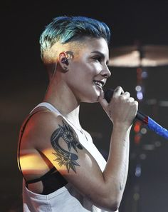 Listen to every Halsey track @ Iomoio Hopeless Fountain Kingdom, Lilac Sky, Everything Is Blue, Hollywood, Blue Hair, Role Models, Love Her, Beautiful People, Short Hair Styles