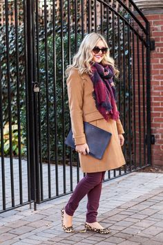 what to wear with maroon burgundy wine colored pants