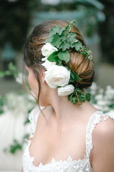 vines and white rose bridal hair bun - photo by Julie Cahill Photography Bridal Hair And Makeup, Wedding Makeup, Hair Makeup, Garden Party Wedding, Wedding Table, Summer Wedding, Floral Wedding Hair, Wedding Dresses, Floral Headpiece