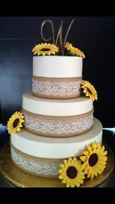 hessian lace cake - Google Search