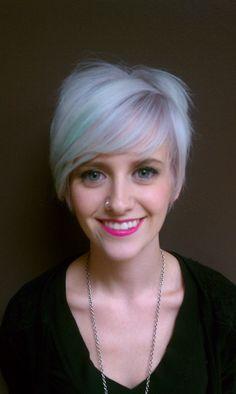Pastel, Aqua, Violet, Platinum, Lilac, Blue, Pink Lips, Blonde Hair, short hair, funky hairstyle