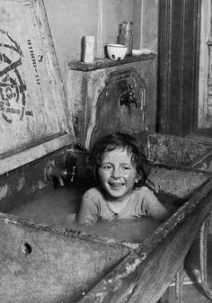 Poor Children, Precious Children, Vintage Photographs, Vintage Photos, Foto Vintage, Old Pictures, Old Photos, American Exceptionalism, Lewis Hine