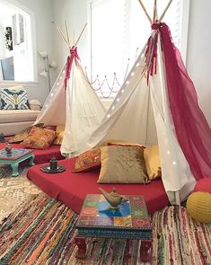 My Little Party Miami - Teepee Party Slumber Parties, Sleepover, Kid Parties, Teepee Party, Teepee Tent, Indoor Picnic, Indoor Outdoor, Childrens Playhouse, Picnic Decorations