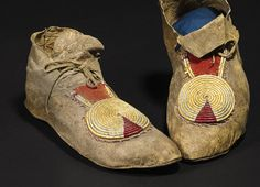 Mocs, quill-wrap horsehair. Bonham Auction 2015