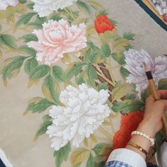 #감사#민화#민화배우기#민화화실#문선영#제자#열정#art#folkpainting #존경합니다 제자작품.. 우리 화실에서 제일 어르신! 매주 멀리 전주서 와주셔요. 연세도많으신 할머니 선생님이신데 열정하나로 오십니다. 그 열정을 오늘도 배워봅니다. Korean Painting, Chinese Painting, Botanical Flowers, Botanical Art, Korean Art, Asian Art, Fabric Painting, Watercolour Painting, Decoupage