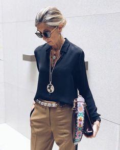 Fashion outfits 767863805202679286 - Klassischer Chic – Damen und Mode Chic classique Source by Mode Outfits, Chic Outfits, Trendy Outfits, Fall Outfits, Fashion Outfits, Stylish Outfits For Women Over 50, Classic Outfits For Women, Fashion Ideas, Classic Style Women
