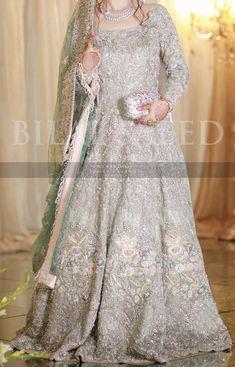 Bridal Mehndi Dresses, Walima Dress, Asian Wedding Dress, Pakistani Wedding Outfits, Pakistani Bridal Dresses, Wedding Dresses For Girls, Pakistani Dress Design, Bridal Outfits, Prom Dresses