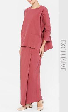Hijab Fashion, Girl Fashion, Fashion Outfits, Maxi Dresses, Peplum Dress, Kebaya Modern Dress, Hijab Outfit, Sewing Ideas, Fashion Ideas