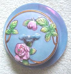 ori_373-34277-1310457-Japanese-lusterware-cheese-keeper-with-roses-RDU877510357.jpg 320×332 pixels
