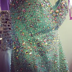 Love this teal beaded dress with a mermaid skirt #DreamPSO