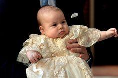 El pequeño príncipe George, ¿una mezcla de los Duques de Cambridge?