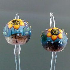 PIKALDA=handmade lampwork 2 glass beads earring flower blossom=SUNFLOWER=SRA