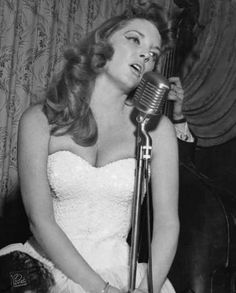 I love her voice...Cry Me a River • Julie London.