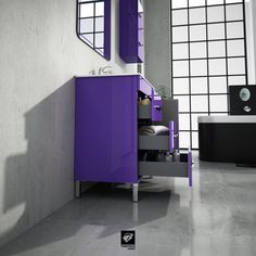 Vista de perfil del mueble de baño modelo NIGER del fabricante español TORVISCO GROUP. En acabado MORADO y ancho de 100cms.