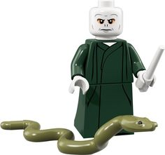 LEGO 71022 Lord Voldemort Harry Potter Series Collectible Minifigure *Re-packed* Lego Harry Potter, Harry Potter Hermione, Ron Weasley, Harry Potter Facts, Draco Malfoy, Lord Voldemort, Legos, Minifigures Lego, Collection Harry Potter