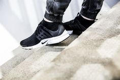 NIKE ナキ on in 2020 | Nike slippers, Fresh shoes, Shoes