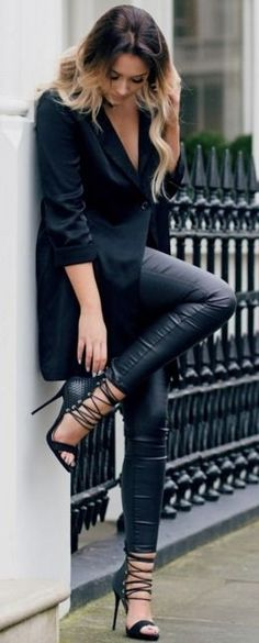 Black H&M Blazer | Black Leather Trousers | Black Choker | Black Lace Up heels | Back to  Black Winter Casual Chic Street Style | That Pommie Girl #black