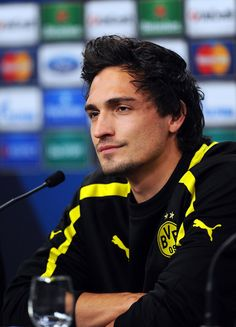 """Mats Hummels' """"rock-like German jaw and sword-like cheekbones and flowing black hair"""". I'm just gonna sit here and stare. #Mats #Hummels"""