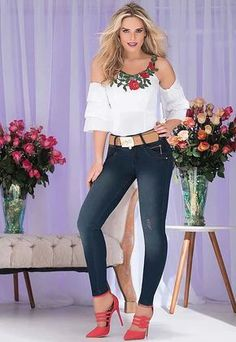 women's spring summer fashion off shoulder white floral embroidery shirt tops+denim skinny pants+red high heels ankle strap shoes Spring Summer Fashion, Autumn Fashion, Girl Celebrities, Latest Tops, Sexy Jeans, Western Outfits, Casual Looks, Ideias Fashion, Casual Outfits