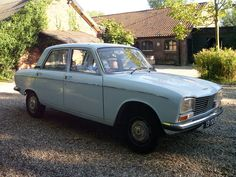 Peugeot 304 Berline - 1972 Peugeot, Trucks, French, Cars, Europe, Vintage Cars, French People, Autos, Truck