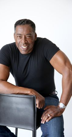 Ernie Hudson photos, including production stills, premiere photos and other event photos, publicity photos, behind-the-scenes, and more.