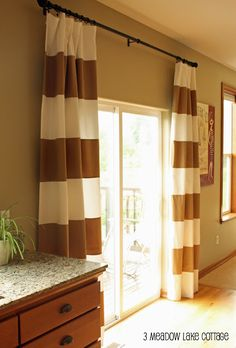 Striped curtains are a great idea for my sliding glass doors instead of those ugly vertical blinds Glass Door Curtains, Sliding Door Curtains, Glass Curtain, Curtain Call, Kitchen Sliding Doors, Sliding Glass Door, Glass Doors, Style At Home, Striped Curtains