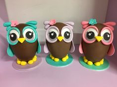 My Owl Barn: Tutorial to Make Owl Chocolate Easter Egg Rose Cookies, Easter Cookies, Chocolate Bark, Easter Chocolate, Easter Cake Fondant, Bread Art, Owl Cakes, Egg Cake, Easter Egg Designs