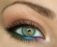 Gorgeous rainbow eyeshadow!