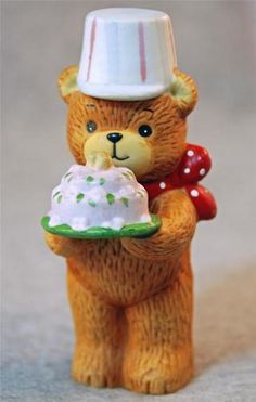 Vintage Enesco 1980 Lucy Rigg and Me Teddy Bear with Birthday Cake Figurine
