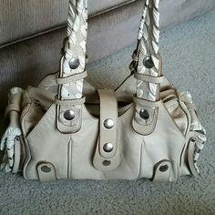Spotted while shopping on Poshmark: NEW!😍Chloe Tan/Cream Silverado Bag😍! #poshmark #fashion #shopping #style #Chloe #Handbags