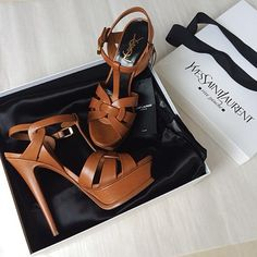 Me would ❤️ to have one pair of these tribute heels from YSL Women's Shoes, Mode Shoes, Me Too Shoes, Shoe Boots, Ysl Sandals, Ysl Heels, High Heels, Sandal Heels, Stilettos