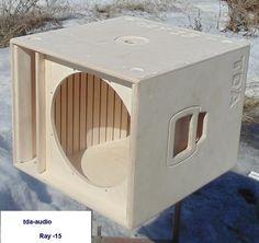 รูปบนกระดานข้อความของ Dima Diy Subwoofer, Subwoofer Box Design, Speaker Box Design, Pro Audio Speakers, Woofer Speaker, Speaker Plans, Electronics Projects, Loudspeaker, Planer