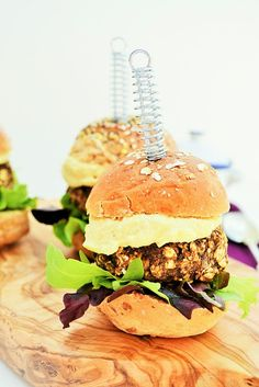 Mushroom and Lentil Sliders (mini vegan burgers)