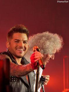 Super Queen + Adam Lambert in LA by @DianaKat1 pic.twitter.com/JFXREn7Xr1 pic.twitter.com/qZcHfAe5nl pic.twitter.com/aWjskW77Ei pic.twitter.com/th2DTjjs4D