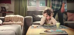 La polémica nueva publicidad de Meritene no puede estar más equivocada  obligar a tu hijo a comer es un error, y los suplementos nutricionales no solucionan el problema.