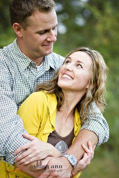 cute pose idea for couples