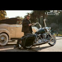 """Emilio Rivera cast member of """"Sons of Anarchy"""" Trike Motorcycle, Motorcycle Style, Harley Davidson Touring, Harley Davidson Street, Chicano, Cholo Style, Lowrider Bike, Chopper Bike, Famous Stars"""