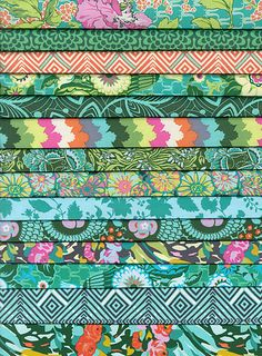 Violette PORTRAIT Fat Quarter Gift Pack by Amy Butler - QuiltHome