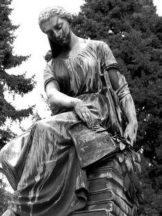 Zentralfriedhof, Ehrengraeber