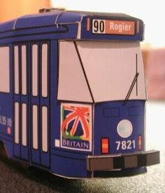 Belgium and English Trams Paper Models - Here some different models: trams, and from Brussels, Belgium. cool for dioramas or to add lights and make a bed`s abatjour. See more and find the link to download at Papermau!