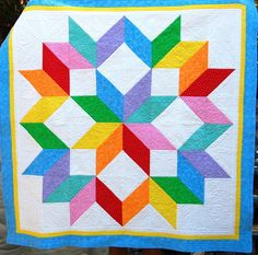 Beautiful quilt with stunning free-motion quilting.  Source:  Dana @ Stormy Days