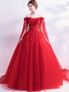 New Images Trailing dress Flowers Chic / modern Long Chinese Red Wedding Dresses Concepts Lovely Wedding Dresses ! The existing wedding dresses 2019 consists of a dozen different dresses in Red Wedding Gowns, Colored Wedding Dresses, Wedding Dress Styles, Dream Wedding Dresses, Bridal Dresses, Bridesmaid Dresses, Red Ball Gowns, Red Gowns, Ball Dresses