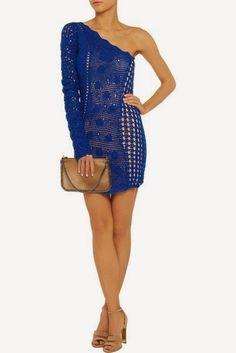crochelinhasagulhas: Vestido azul de crochê       ♪ ♪ ... #inspiration #crochet  #knit #diy GB  http://www.pinterest.com/gigibrazil/boards/